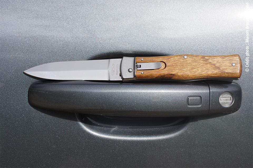 Couteau Automatique Mikov – Cocobolo