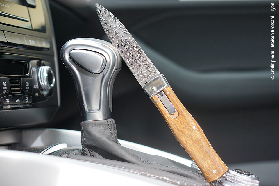 Couteau Automatique Mikov - Palissandre Damas Inox
