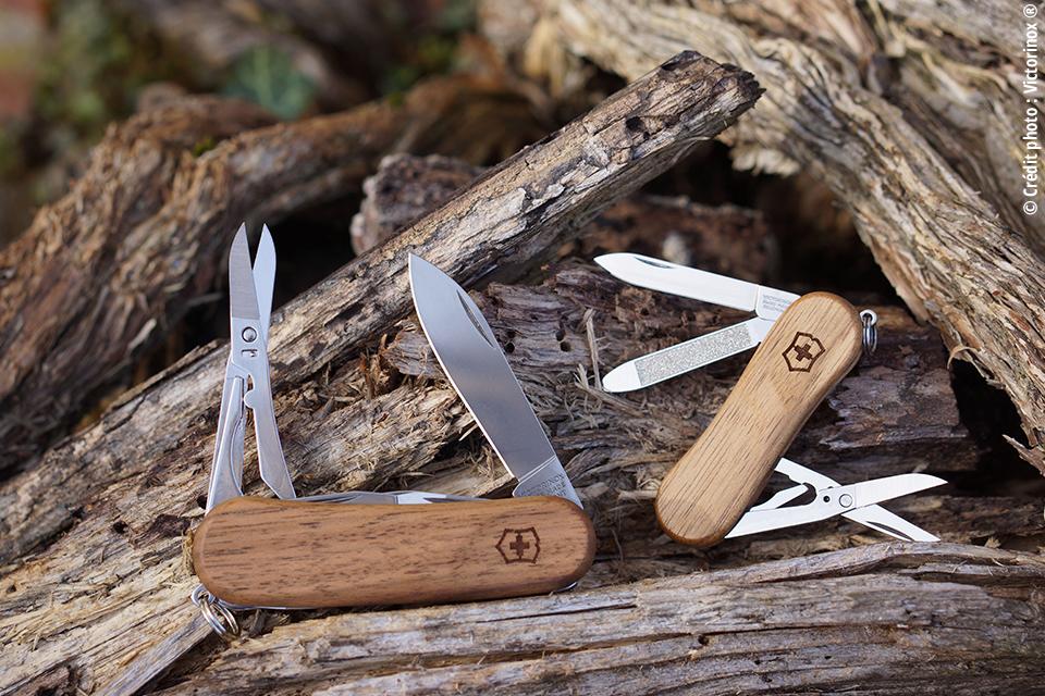 Couteau Suisse Victorinox Collection Delémont. Onglier Noyer 30€ / Couteaux Noyer de 39€ à 133€