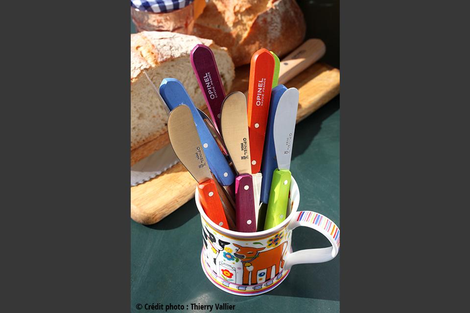Couteaux à Beurre Opinel. 6€20