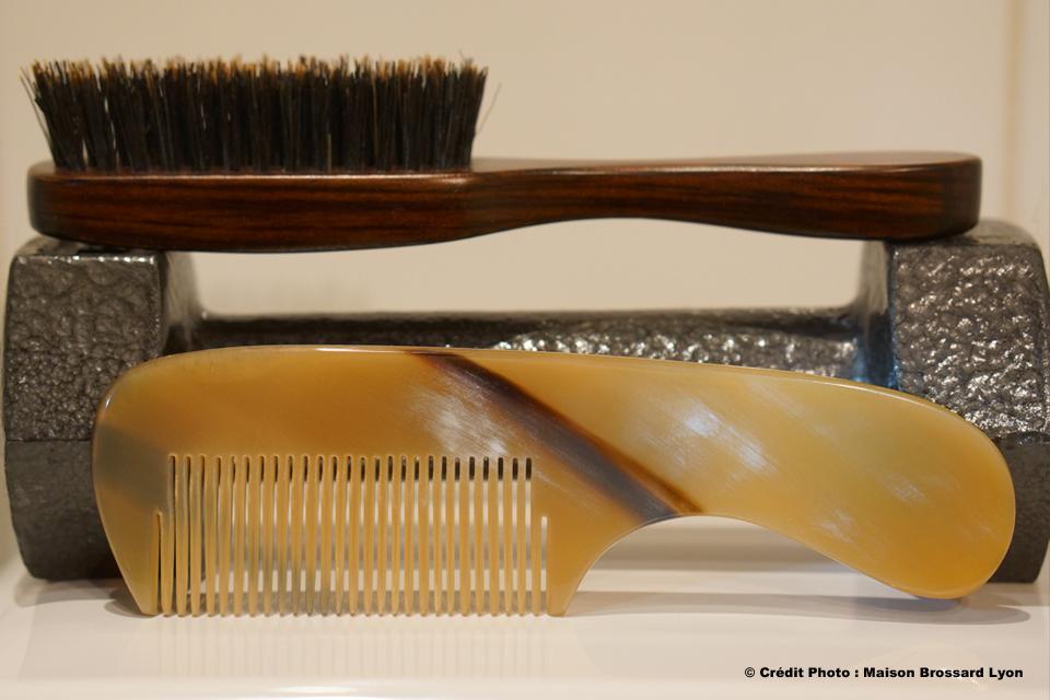 Brosse et Peignes à Barbe. Peignes de 11€50 à 21€ / Brosses de 15€ à 19€