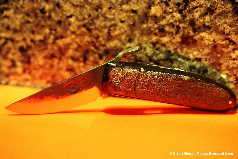 Citadel. Lame Brut de Forge. Acier carbone. Manche en corne de buffle. Large gamme de 105€ à 745€
