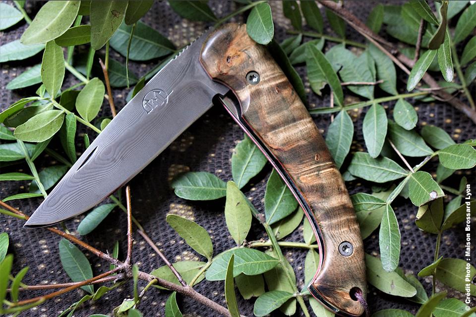 Couteau d'Art Citadel. Cambodge. Manche bouleau stabilisé. Lame Damas inox Balbach- Allemagne. 489 €